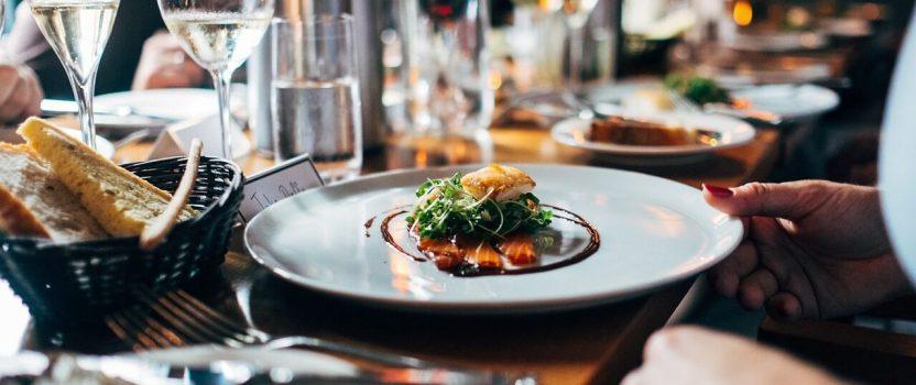 How Cash Discount Surcharging Can Help Your Restaurant Succeed